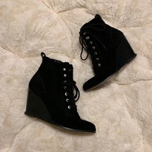 EUC BCBGeneration Wiley Bootie Size 9